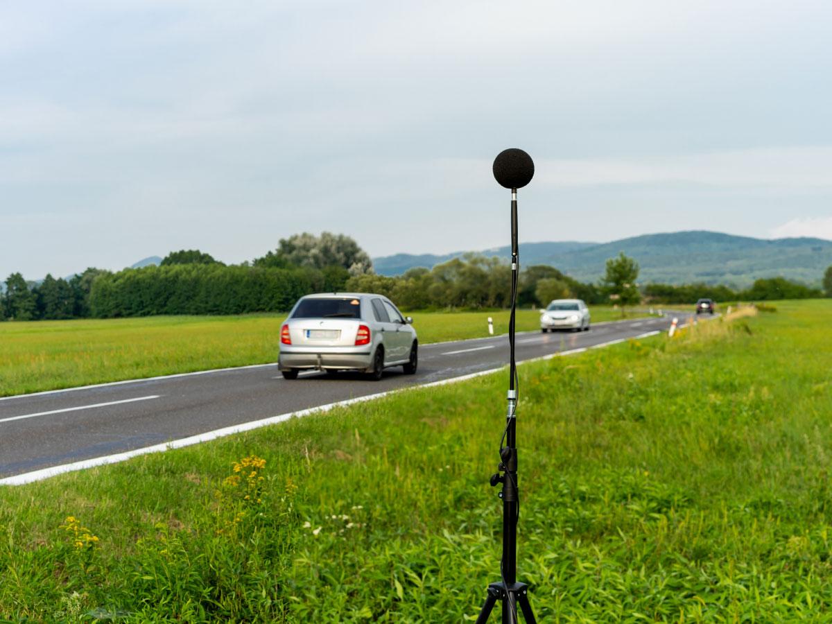 Meranie hluku z pozemnej dopravy